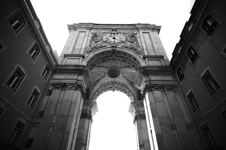 Sube a uno de los iconos de Lisboa para tener una vista única de la ciudad. Abierto al público desde el 9 de agosto de 2013, este espacio privilegiado pone Lisboa, literalmente, a tus pies.